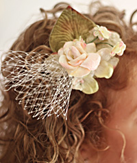 Cream Posy Hairpiece