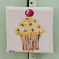 Cupcake little painting lmeon with cherry and sparkle