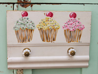 Cupcake hook rack/holder