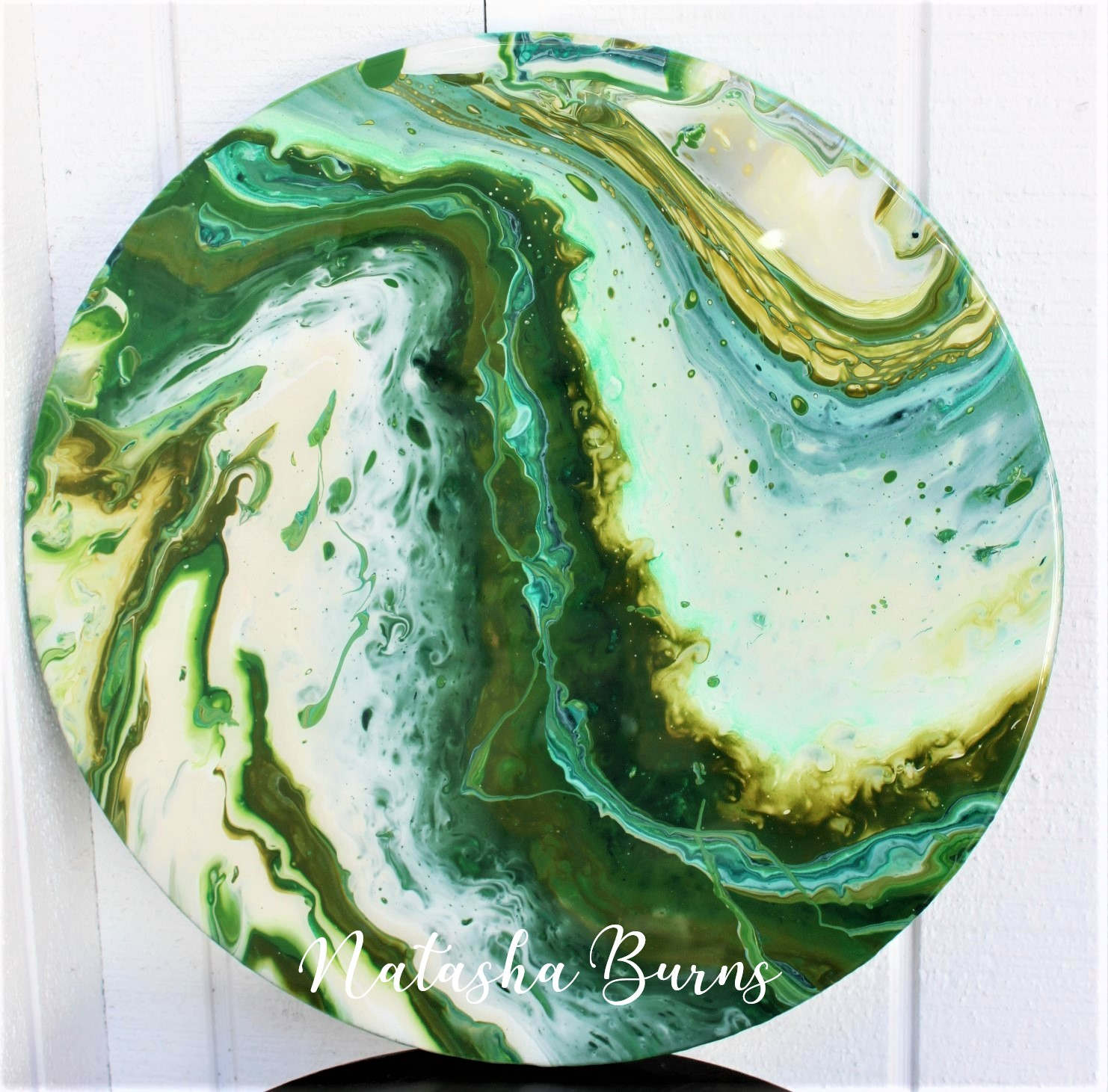 Modern acrylic painting with resin coating (round)