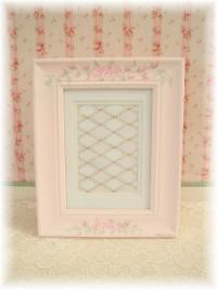 HP014 Hand Painted Roses on sweet pink photo frame